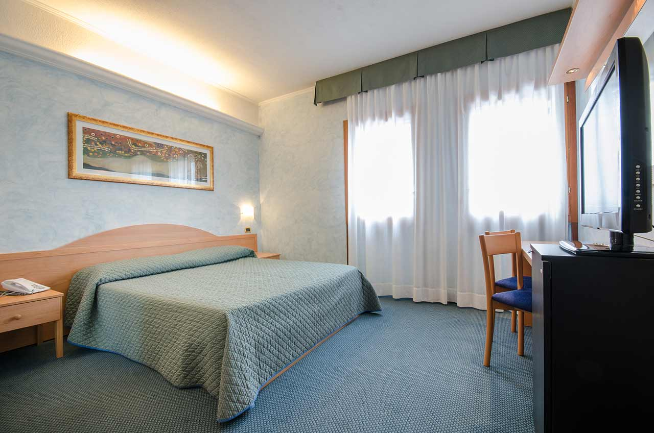 Camere Pescasseroli : Camere hotel residence club primula a pescasseroli